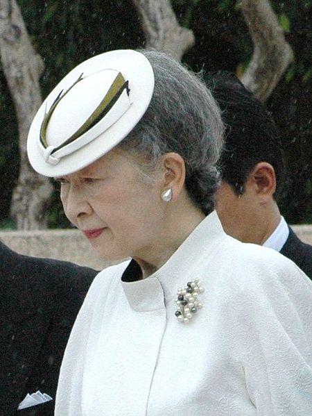 императрица Митико, Акихито